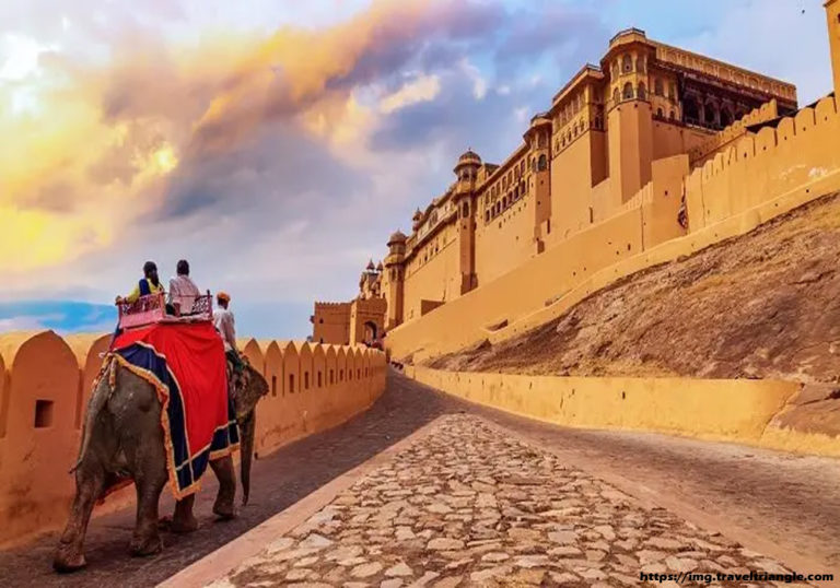 Jaipur – The Bewitching Beauty